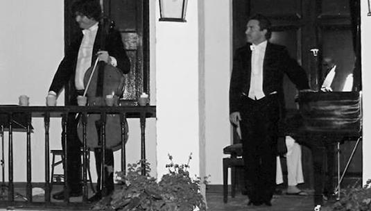 Daniel Ligorio,Piano – Ivan Pérez Torras, Chelo – Villa Jardín 2007